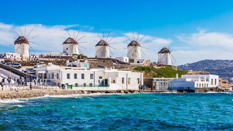 Bikinis à Chicago et Mykonos, Grèce