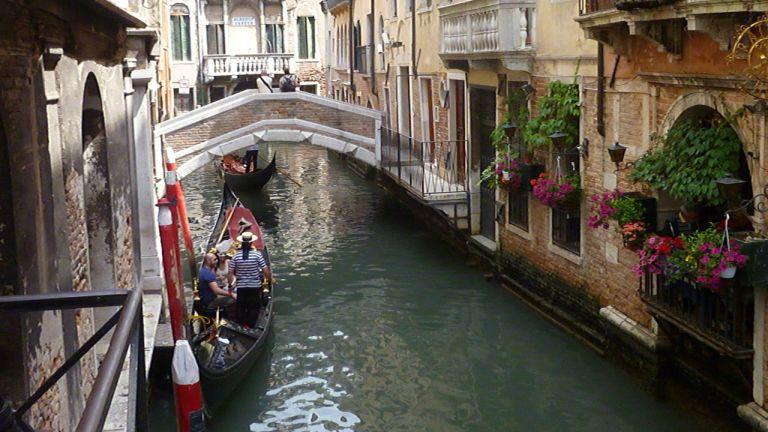 Glisser en Italie