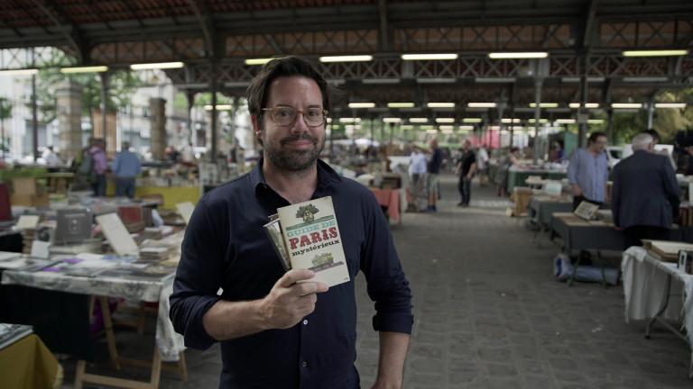 Dans le 15e arrondissement, l'animateur Benoit Roberge découvre un marché du livre exceptionnel où il discute avec les vendeurs, passionnés de lecture, et arpente le Parc Georges-Brassens.  Retrouvez les bonnes adresses visitées par Benoit Roberge dans le 15e épisode de l'émission Un Québécois à Paris.