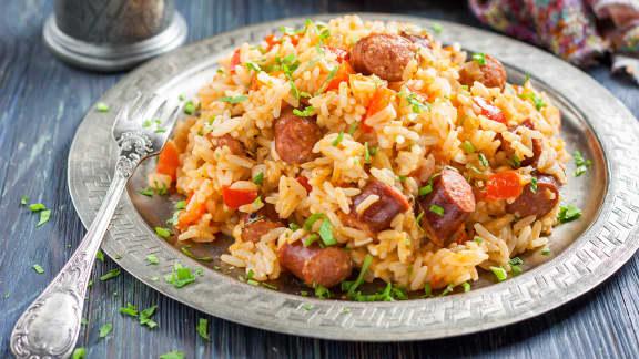 riz à la saucisse épicée