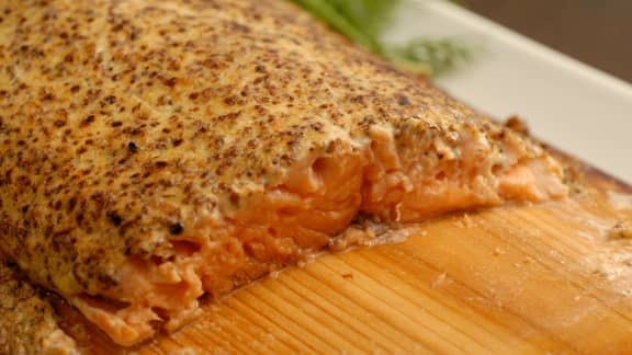 Saumon sur planche