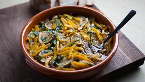 Poivrons rôtis et anchois marinés