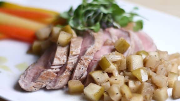 Filet de porc aux pommes, parfumé au macis