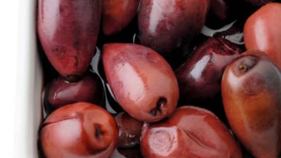 olives grillées et tzatziki