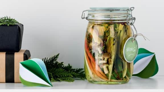 Légumes marinés au poivre de sichuan et au thym frais