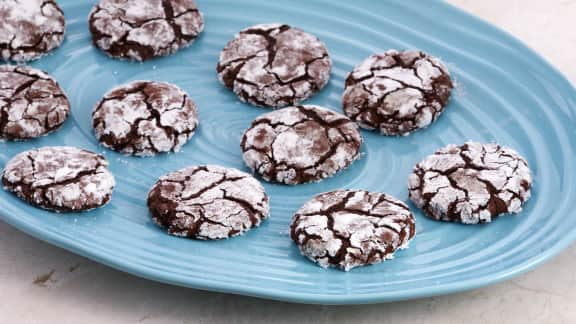 Biscuits craquelés au chocolat (sans farine)