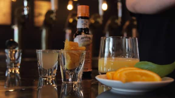 Quel cocktail s'harmonise le mieux à un canard à l'orange selon Philippe Hardy?