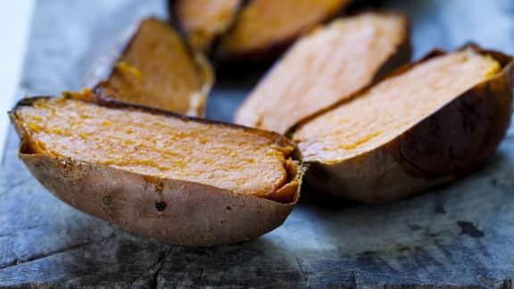 Patates douces au beurre, sirop d'érable et cannelle