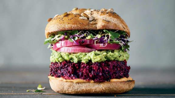 Burgers végés aux betteraves et au quinoa
