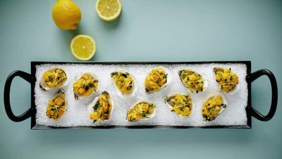 Huîtres rôties et farce au citron et à l'anis