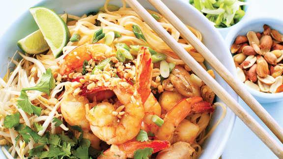 Pad thaï aux crevettes et poulet