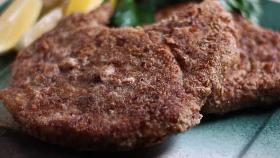 Côtelettes de porc en croûte de pacanes