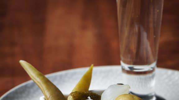 Shooter de vodka aux légumes marinés