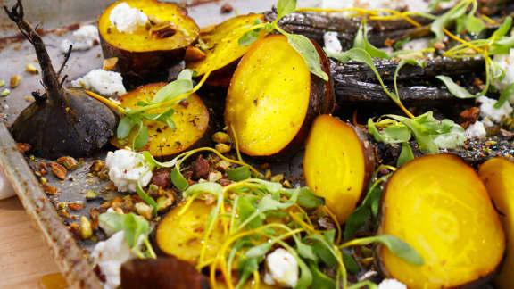 Salade de betteraves natures rôties au chèvre et pistaches