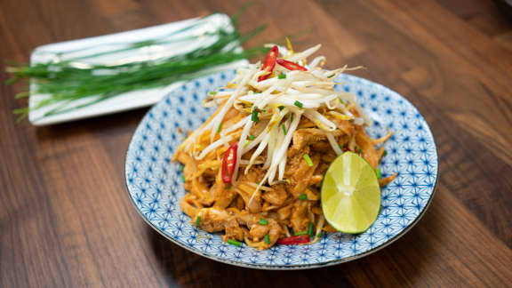 Pad thaï authentique au poulet