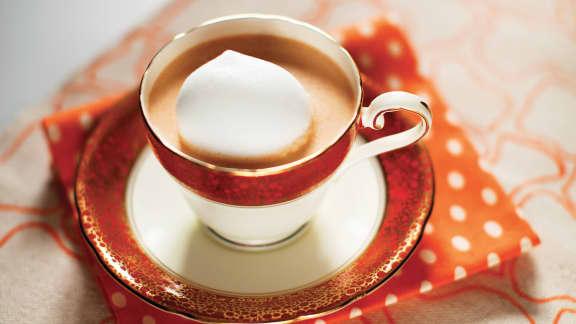 Cappuccino de crème de homard à l'huile de truffe
