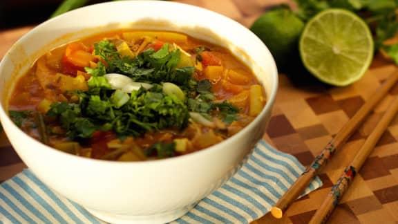 Lundi : Soupe-repas thaïe au lait de coco