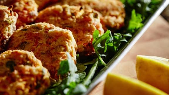 Croquettes de restant de saumon et purée de céleri-rave
