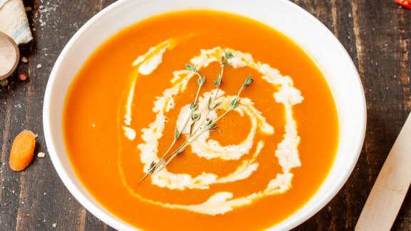 potage aux carottes, pommes et gingembre