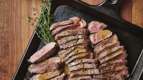 Vendredi : Steak, sauce aux 5 poivres et cognac