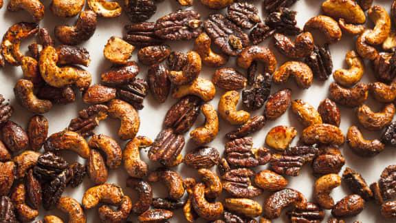 Mélange de noix caramélisées