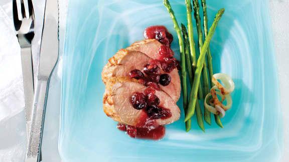 Filets de porc au cidre de glace, aux canneberges et au gingembre frais