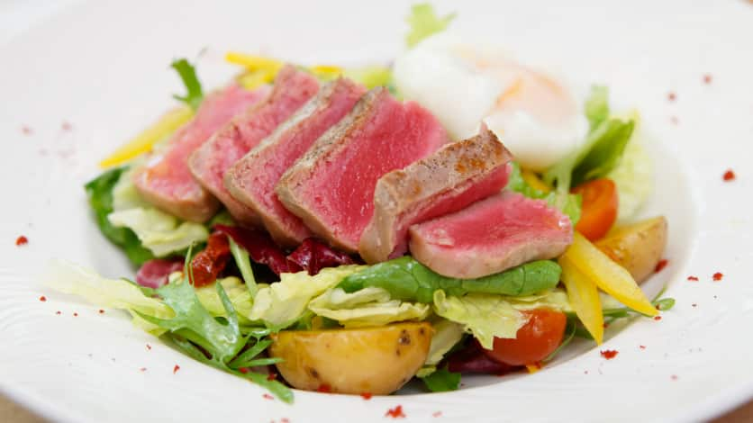 Tataki de thon et légumes de saison grillés