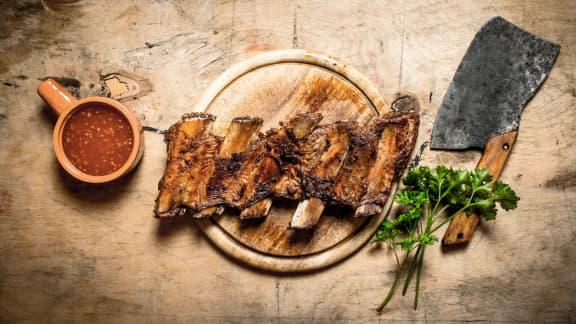8 bonnes adresses où acheter sa viande pour la saison du BBQ!