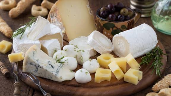 Comment organiser une soirée de dégustation de fromages réussie!