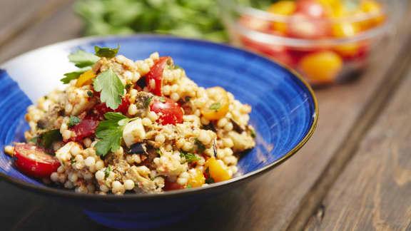 Salade au couscous israélien