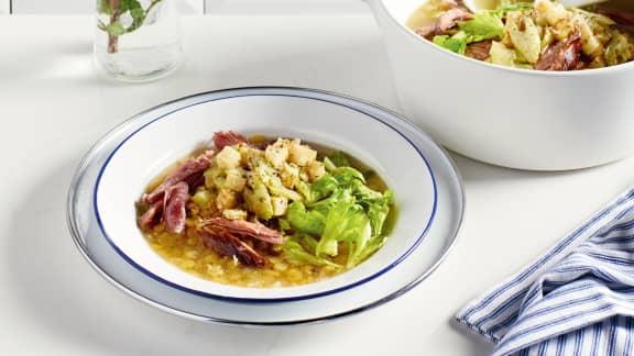Succombez à nos soupes-repas nourrissantes!