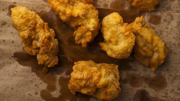 Huîtres frites et sauce piquante