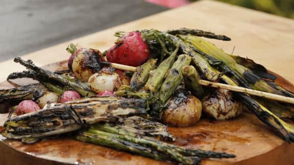 Légumes fumés et okras à la jerk
