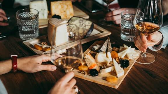 10 bouteilles qui s'accordent avec les fromages