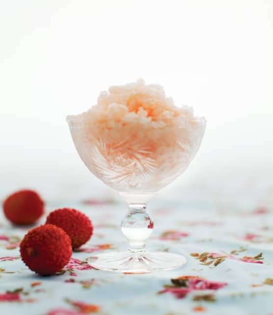 granité aux litchis, à l'eau de rose et au champagne