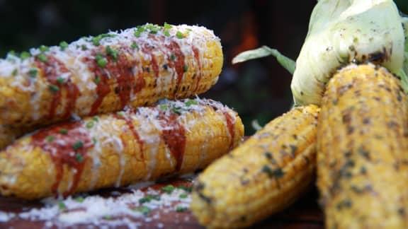Épis de maïs grillés 2 façons