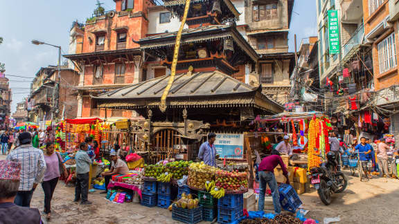 Cuisine du Népal : sur la route