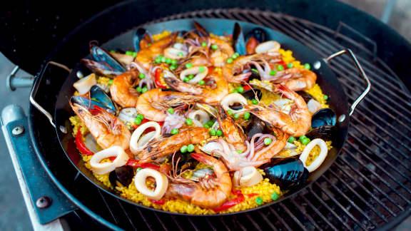 Paella grillée aux fruits de mer