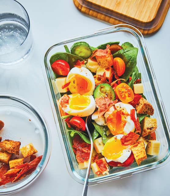 Salade d'épinards aux œufs mollets