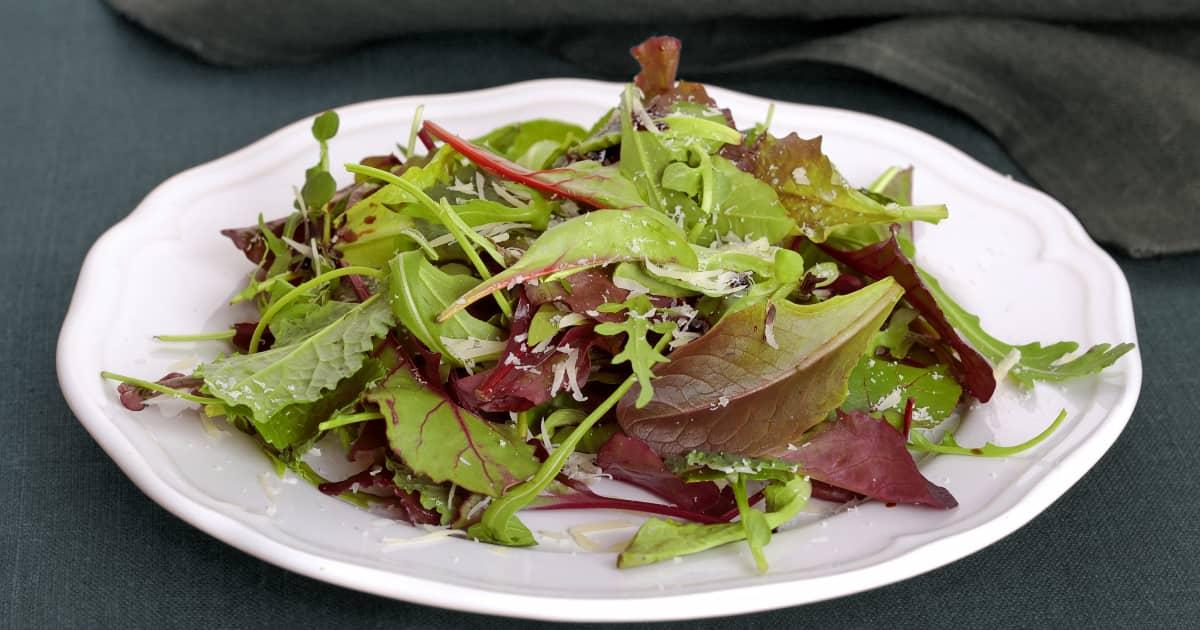 recette de salade verte et vinaigrette italienne foodlavie. Black Bedroom Furniture Sets. Home Design Ideas