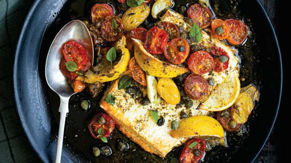 Pavé de féta fondante, tombée de tomates confites à la méditerranéenne