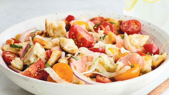 Panzanella au saumon et au fenouil