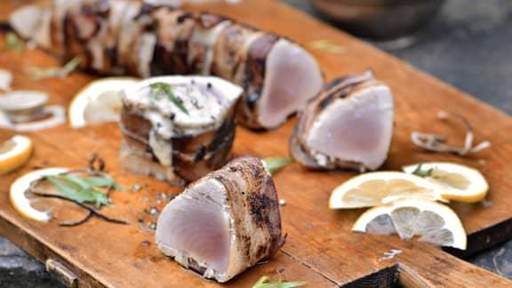 «Filets mignons» de thon blanc, sauce crémeuse au poivre