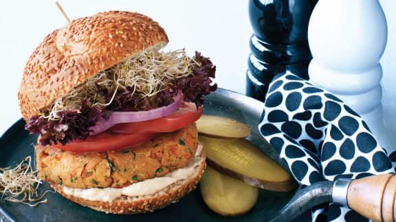 Hamburger de pois chiches, sauce tahini