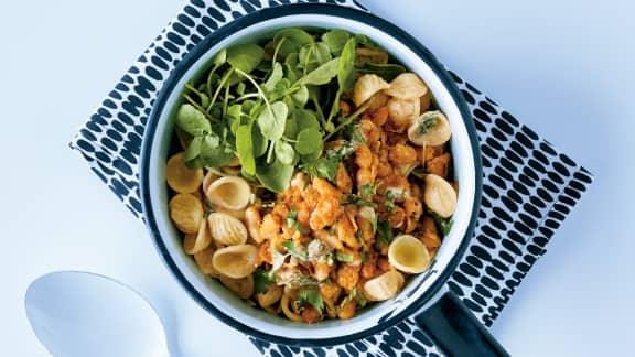 Orecchiettes sauce basilic, haricots blancs et épices cajun