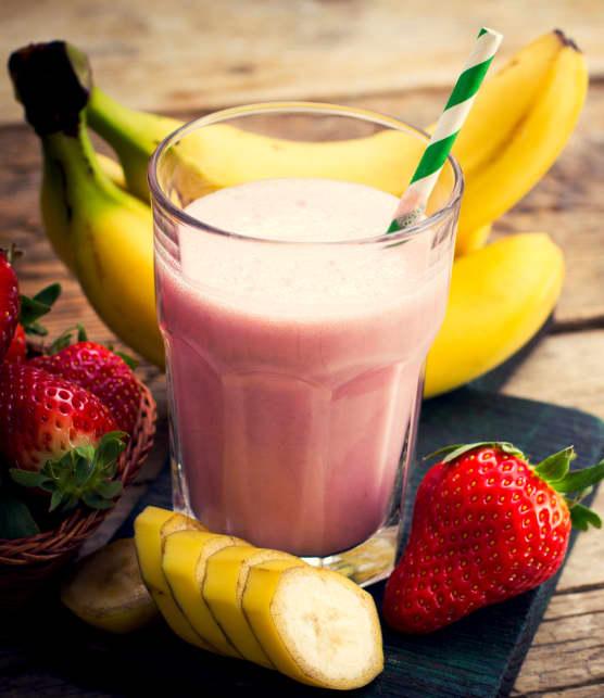 smoothie de tofu aux bananes et aux fraises