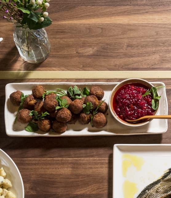 Beignets de légumes et salade de salicornes, trempette aux airelles