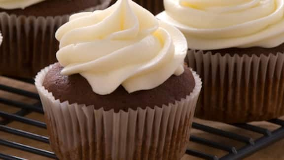 Cupcakes Au Chocolat Et Glaçage Au Beurre Foodlavie