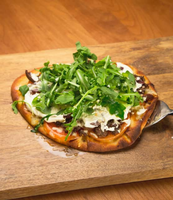 Pizza au boeuf sur naan