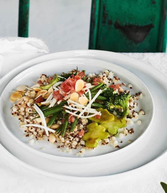 Salade de légumes et de légumineuses